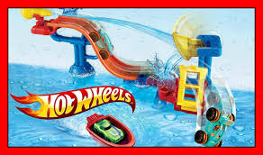 hot wheels splashdown station track you can put in bath water toy and fun splash rides car