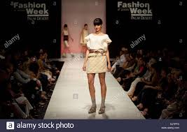 Pearl Design Institute Dominique Pearl David Of Ojai California And Student At The