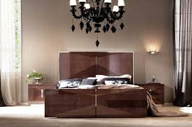 Elegant Italian Bedroom Furniture Sets