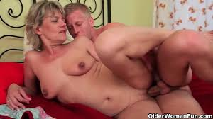 guy naughtily excites blonde granny and fucks her pussy hard