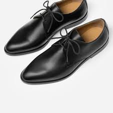 the modern oxford in black black