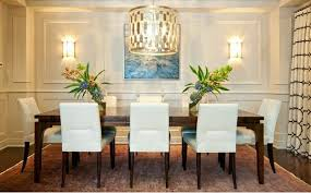 Dining room design mix traditional style with contemporary accents