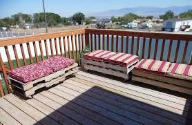 Tavoli Da Giardino In Pallet : Divano fai da te con pedane mobili giardino pallet
