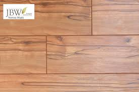 dupont real touch clic laminate flooring maple