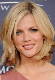 Hairstyle Short Oval Faces Hair Cut Styles Layered Haircuts Wavy
