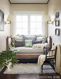 Edgecomb grey benjamin moore Popular Isnt This Hallway From Kristi At Making It In The Mountains Just So Pretty Love The Edgecomb Gray As Subtle Backdrop To All Her Decor Postcards From The Ridge Favorite Paint Color Benjamin Moore Edgecomb Gray Postcards From