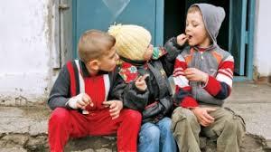 Image result for poze cu copii saraci