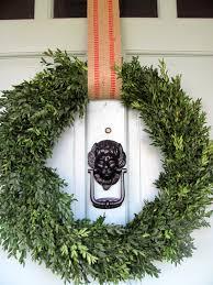 front door wreath hangerAmazingMagneticWreathHangerDecoratingIdeasGalleryinEntry