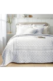 provence light gray textured fl quilt