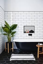 62 Cozy and Clean White Bathroom Decor Ideas - Homadein