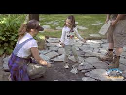 how to lay a flagstone patio using
