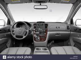 2006 Kia Sedona EX in Silver - Dashboard, center console, gear ...