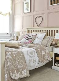 Shabby Chic Bedroom Accessories Uk How To Create A Shabby Chic Bedroom