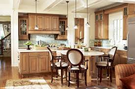 installing the glazing kitchen cabinets. Photo: Sierra Vista Maple Mocha Glaze Kitchen Installing The Glazing Cabinets E