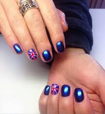 British Flag Nails Art and Designs   LadyLife