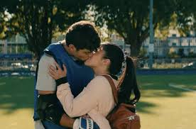 Noah centineo, who plays peter kavinsky in netflix's to all the boys i've loved before, actually improvised part of an adorable scene with the covey sisters. 26 Cutest Peter Kavinsky Moments In To All The Boys