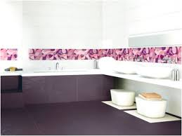 installing self adhesive wall tiles in the bathroom