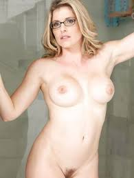 Naked Blonde Milf With Big Tits Toying All Natural Pussy In Glasses Fapcat