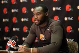Former Cleveland Browns linebacker ...
