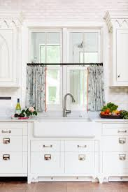 10 Best Patterns For Kitchen Curtains