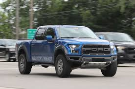 2018 ford f350 platinum. simple ford 2018 ford f 150 raptor front quarter 02 view photo gallery  25 photos in ford f350 platinum g