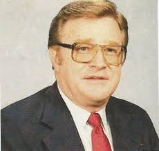 """Robert W """"Bob"""" McConnell (1930-2005) - Find A Grave Memorial"""