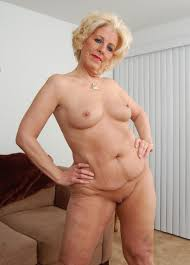 Granny Old Mature Rider Lady Shows Pink Pussy