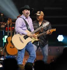 Garth Brooks Breaks Ticket Sales Record At Knoxville