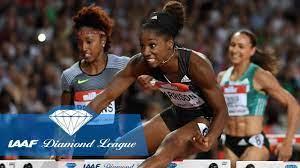 Keni Harrison breaks the world record ...