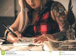 женское изображение чертежа ручкой стоковое изображение