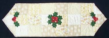 Christmas Table Runner Patterns Stunning Free Pattern Quick Christmas Table Runner Cecile's Unique
