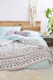 College Dorm Room Shopping Part 1: Bedding [Updated 2017] | Boho chic  bedroom, Boho and Bedrooms