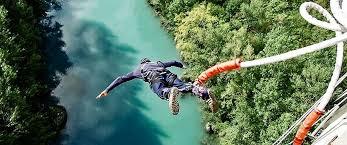 bungee jumping staumauer