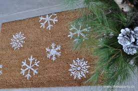 christmas door mats outdoor. Christmas Outdoor Planter: See How To Create A Arrangement For Your Front Door In Mats
