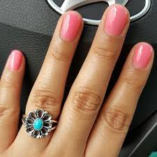 Shiny pink and turquoise Great combo ismellgoodxd Share your mani and James  Avery ring by tagging Shop the De Flores Ring by clicking the link in our  profile (With images) | James