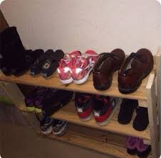 picture of wooden shoe rack