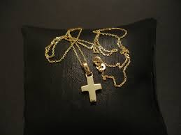 solid chunky 9ct yellow gold cross 03491 jpg