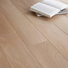 toccata natural cardiff oak effect laminate flooring 1 65 m pack