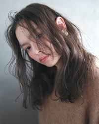 面長さんの前髪事情大調査前髪なしで色っぽい大人女子に Arine