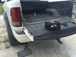 Mopar hide-away tailgate step