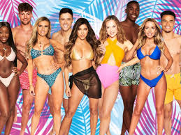 First look it's the day of the love island 2021 summer ball and as the girls head off for some r&r at a spa retreat, the boys try to find the words to describe their lovely ladies. Love Island Halftime Review The 2021 Cast Aren T Fussed About Fame Or Money Or Love