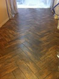 wonderful ceramic tile flooring that looks like wood wood look ceramic tile flooring reviews with best wood look tile