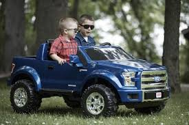 Power Wheels Ford F-150 12-V Battery-Powered Ride-On Vehicle, Blue ...