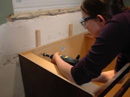Diy Install Kitchen Cabinets Kitchen Catch Up How To Install Cabinets How Tos Diy