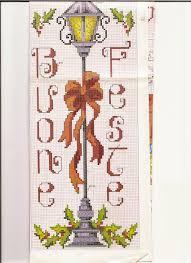 Lampione buone feste | Punto croce, Punto croce natalizio, Schema