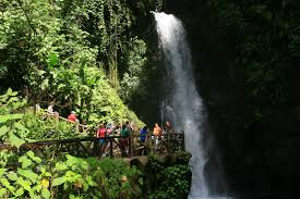 tourist attractions in costa rica s central valley la paz waterfall gardens