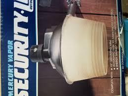 regent dusk to dawn mercury vapor 175 watt security light nh 1204