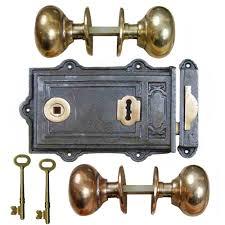 ADFIX Cast Iron Davenport Rim Lever Lock and Cottage Door Knob Set