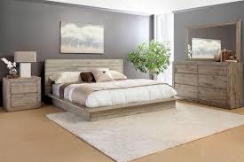 Renewal 5-Piece Queen Bedroom Set with 32