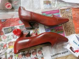 would you like to change the colour of your leather shoes want to refresh an old leather handbag trg leather dye is amazing somewhere between a